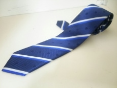 ブラックレーベルクレストブリッジのネクタイ