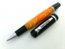 ロジェデュブイのペン
