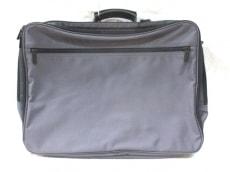 アマンダベランのビジネスバッグ
