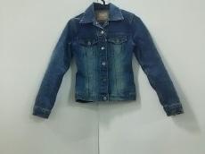 セレブレイトのジャケット