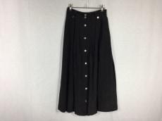アピューピルのスカート