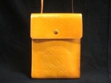 LOUIS VUITTON(ルイヴィトン)のケンメアのショルダーバッグ