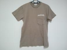 バーデンのTシャツ