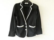 リディアのジャケット
