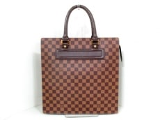 LOUIS VUITTON(ルイヴィトン)のヴェニスGMのトートバッグ