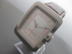 マンダリナダックの腕時計