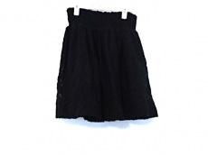 メゾンオルガのスカート