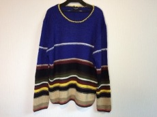 グラムバイグラムのセーター