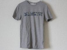 エトレ セシルのTシャツ