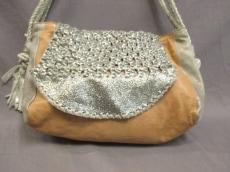 クララモンテのショルダーバッグ