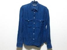 ウミットベナンのシャツ