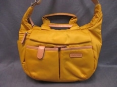 エリーゼトランのショルダーバッグ
