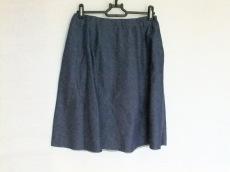 ハリスワーフロンドンのスカート