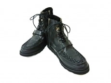 ツインのブーツ