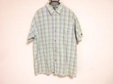 フレッシュジャイブのシャツ