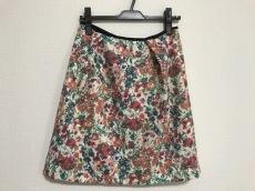 エムブランのスカート