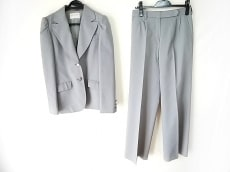 MARC JACOBS LOOK(マークジェイコブスルック)のレディースパンツスーツ