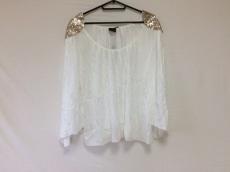 モーリーアンドイブプラチナムのTシャツ