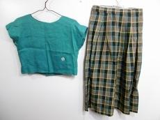 GIVENCHY(ジバンシー)/スカートセットアップ