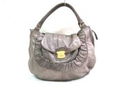 バローのハンドバッグ