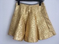 アンティポディウムのスカート