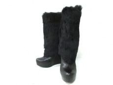 ドルチェヴィータのブーツ