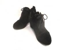ビジングセサンダルのブーツ