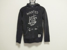 バツクラブのセーター