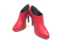 リゼクシーのブーツ