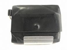 アズレーベルの3つ折り財布