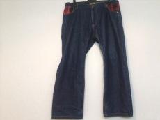ジグリーロイのジーンズ