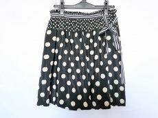 ミホコサイトウのスカート
