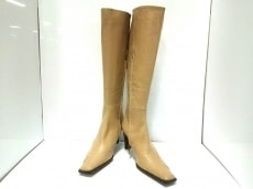 ジミーバルディニーニのブーツ