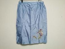 ミーガンパークのスカート