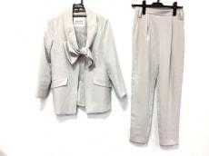 マイストラーダのレディースパンツスーツ