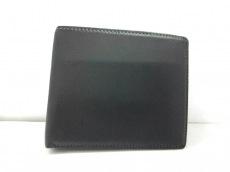レグロンの2つ折り財布