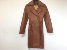 エルビーゼロスリーのコート