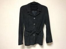 エフバイフォルトゥーナヴァレンティノのジャケット