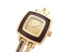 ラッキーブランドの腕時計