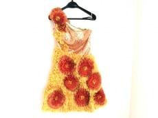 ドレスクイーンのドレス