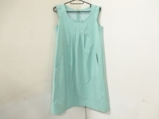 フォクシーニューヨークのマーガレットスリーブドレス