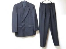イタルスタイルのメンズスーツ