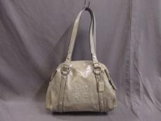 COACH(コーチ)のオードリーパーフォレイテッドスモールバッグのハンドバッグ