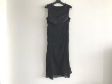 アナログライティングのドレス