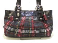 COACH(コーチ)のソーホー プリーテッド タータンチェックのショルダーバッグ