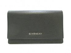 GIVENCHY(ジバンシー)のパンドラ