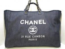 CHANEL(シャネル)のドーヴィルラインのトートバッグ