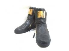 ジョニーウルフのブーツ