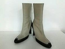 スタジオポリーニのブーツ