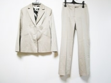 フェローのレディースパンツスーツ